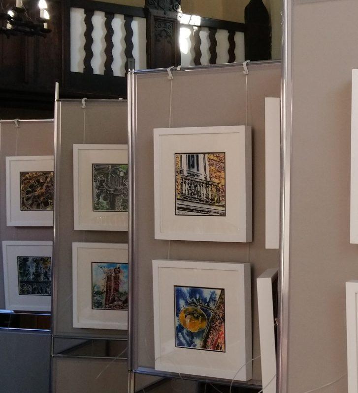 4950 Paintings on display